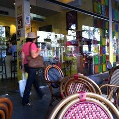 Photo taken at Cafe Nona (קפה נונה) by Balazs V. on 7/10/2012
