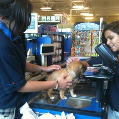 Photo taken at PetSmart by Daryl W. on 6/23/2011
