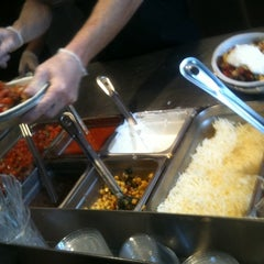 Photo taken at Chipotle Mexican Grill by Jim W. on 8/12/2011