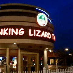 Photo taken at Winking Lizard Tavern by Chuck R. on 3/3/2012