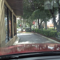 Photo taken at Taco Bell by Pufi C. on 8/22/2012