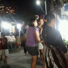 Photo taken at Pasar Malam Gg. Bhakti by !!! Riena Chiemo Riyanti ®. on 5/11/2012