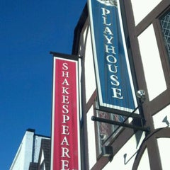 Photo taken at Shakespeare Tavern by JR C. on 2/11/2012