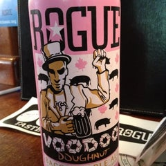 Photo taken at Rogue Ales Public House & Distillery by Wacarra Y. on 8/18/2012