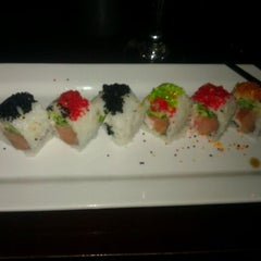 Photo taken at Sushi Axiom by Ja'Neva R. on 9/14/2011