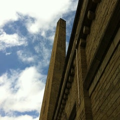 Photo taken at Salts Mill by ruthersish on 8/21/2011