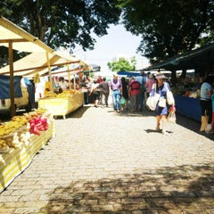 Photo taken at Feira Livre by Rokingana on 3/7/2012