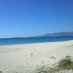 Photo taken at Παραλία Πλάκας (Plaka Beach) by DiM P. on 3/4/2012