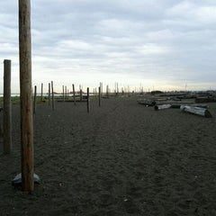 Photo taken at Wreck Beach by Andrew L. on 9/21/2011