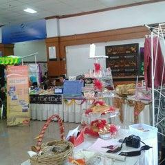 Photo taken at Fakultas Bisnis Telekomunikasi dan Media by aLit S. on 12/1/2011