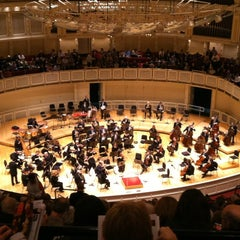 Photo taken at Symphony Center (Chicago Symphony Orchestra) by Anna Zysman U. on 5/6/2012