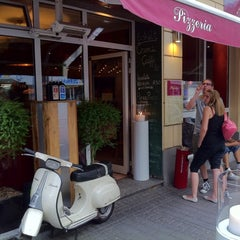 Photo taken at Pizzeria Piccola L'Originale by Gian 8. on 6/6/2011