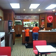 Photo taken at Country Sweet Chicken & Ribs by Ankur P. on 8/22/2011