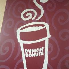 Photo taken at Dunkin' Donuts by Jeremie W. on 8/5/2012