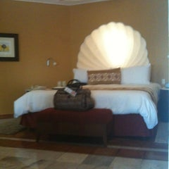 Photo taken at Casa Velas - Spa by Patty M. on 8/26/2011
