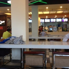 Photo taken at Lotteria Binh Tan by Pikachumini 김. on 7/18/2012
