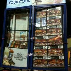 Photo taken at Burger King® by David H. on 11/14/2011