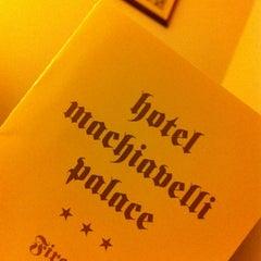 Foto scattata a Hotel Machiavelli Palace Florence da Erin K. il 5/20/2012