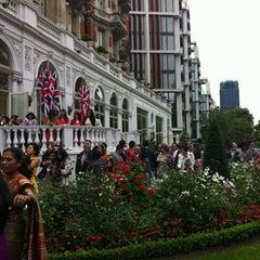 Photo taken at Mandarin Oriental Hyde Park, London by Tribeca Gypsy (. on 8/24/2012
