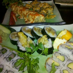 Photo taken at Ginjo Sushi by Meisha on 3/30/2012