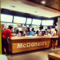 Photo taken at McDonald's by Jonjon U. on 8/9/2012