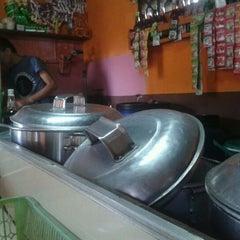 Photo taken at Bubur kacang ijo GP by nickolas b. on 1/19/2012