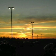Photo taken at Walmart Supercenter by Max M. on 11/25/2011