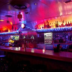 Photo taken at Silk City Diner Bar & Lounge by Lam W. on 1/6/2012