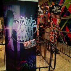 Photo taken at Fash by Ryan W. on 1/27/2012