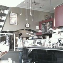Photo taken at Cafe Latte by Karen L. on 8/15/2011