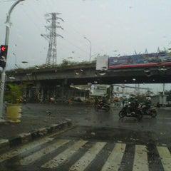 Photo taken at Perempatan Senen by yandry d. on 3/19/2012