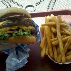 Photo taken at Seattle Burger Company by Daniel E. on 8/15/2011