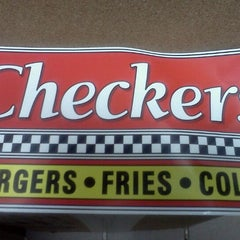Photo taken at Checkers by Christine M. on 8/21/2011