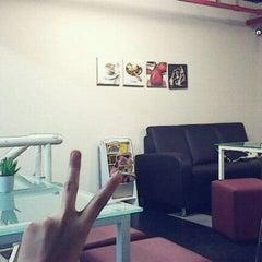 Photo taken at Bite Sensation by Oliver L. on 5/26/2012