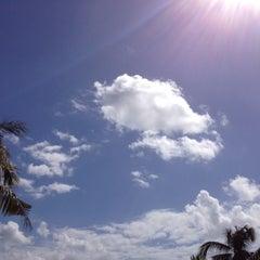 Photo taken at Le Méridien Bali Jimbaran by Adhi G. on 7/23/2012