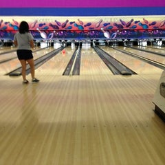 Photo taken at Dart Bowl by Maoz A. on 7/19/2012