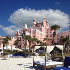 Photo taken at Loews Don CeSar Hotel by Leslie A. on 12/17/2011