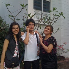 Photo taken at รามคำแหง หัวหมาก by Pipoworld W. on 11/19/2011