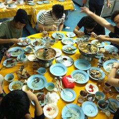 Photo taken at Restoran Yuen Buffet Steamboat by Chea K. on 11/11/2011