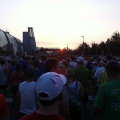 Photo taken at Rock 'n' Roll Virginia Beach Half Marathon Expo by Robert H. on 9/4/2011