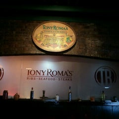 Photo taken at Tony Roma's by Victor C. on 9/16/2011