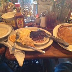 Photo taken at Cracker Barrel Old Country Store by Michael B. on 7/1/2012
