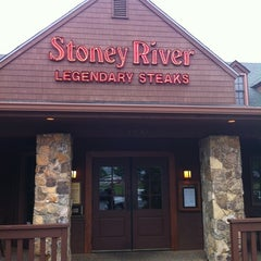 Photo taken at Stoney River Legendary Steaks by Benjamin T. on 5/18/2011
