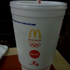 Photo taken at McDonald's by Robert M. on 9/22/2011