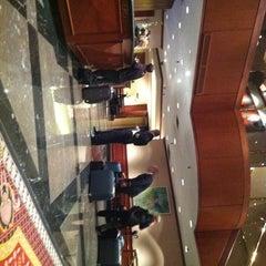 Photo taken at Metropolitan Hotel by Yacchy on 11/3/2011