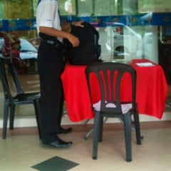 Photo taken at Bank Rakyat Caw. K.Terengganu by nel on 12/20/2011