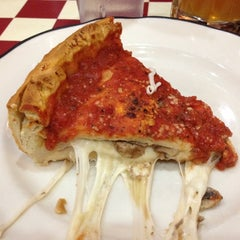 Photo taken at Giordano's by Wicho on 2/20/2012