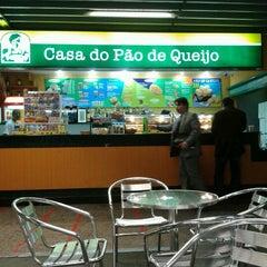 Photo taken at Casa do Pão de Queijo by Jaqueline G. on 7/23/2012