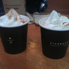 Photo taken at Starbucks by Arthur W. on 4/26/2012
