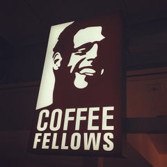 Photo taken at Coffee Fellows by Markus R. on 3/28/2012
